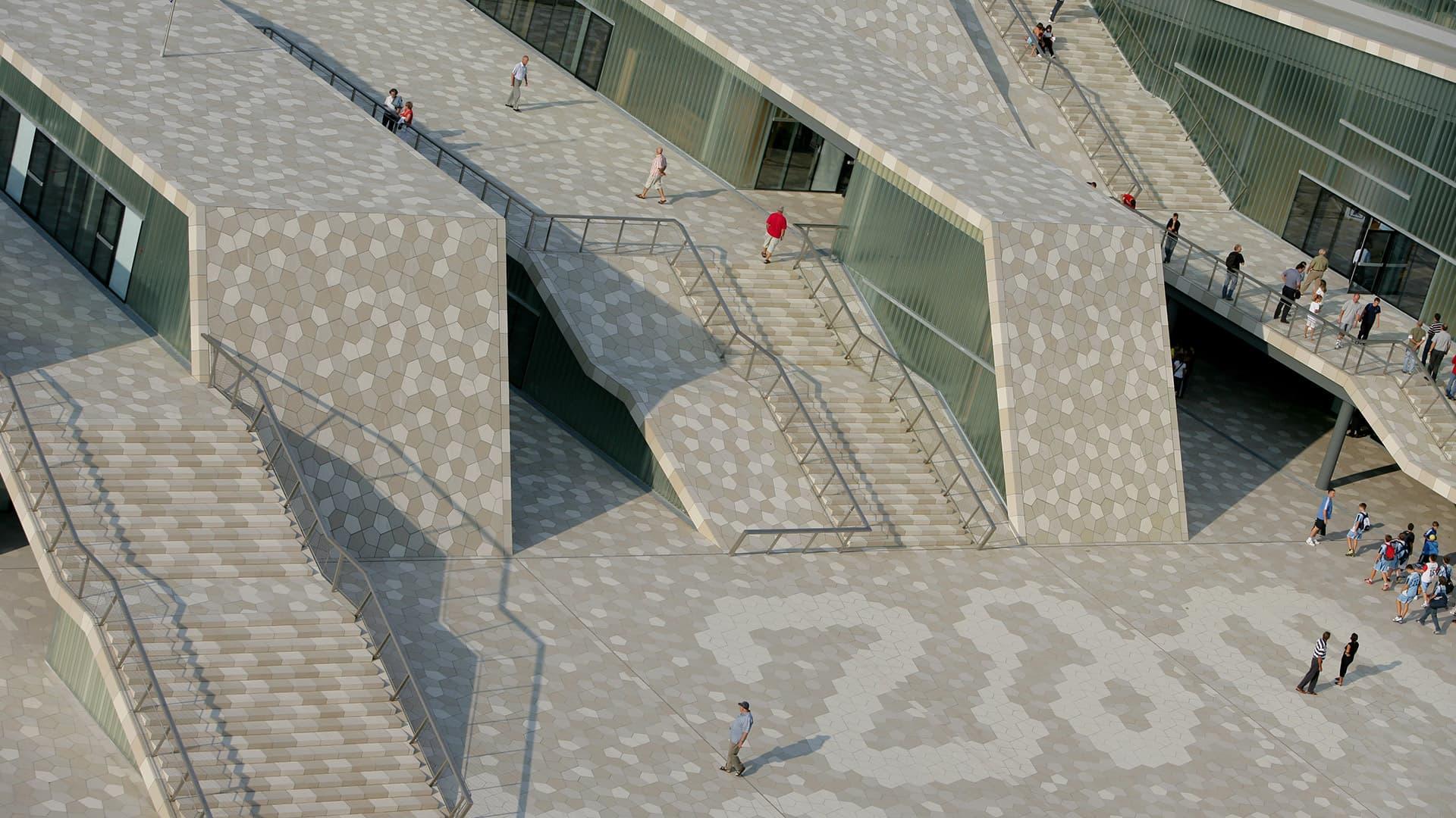 5 gjërat që nuk duhet të nënvlerësohen gjatë dizajnimit të hapësirave publike Thumbnail