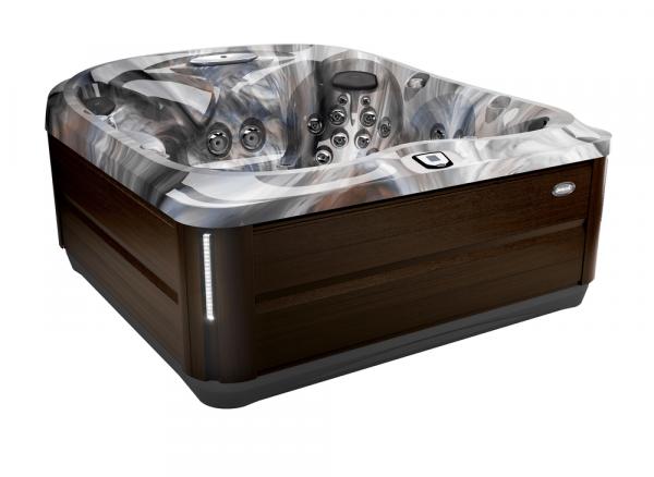 J-485 Hot Tub Modern Hardwood / Monaco 231 x 231 x 95h